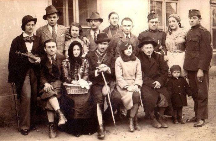 LocalGuideinBudapest-jews-living-together