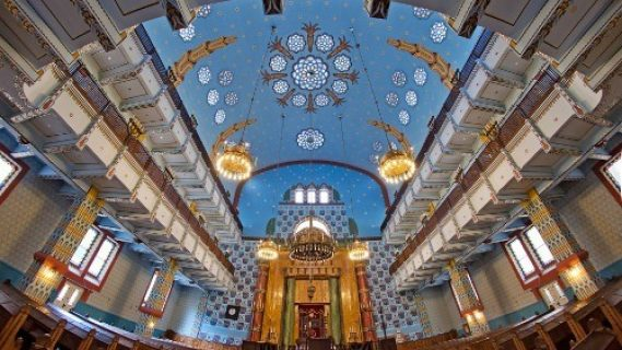 LocalGuideinBudapest-orthodox-synagogue-of-budapest
