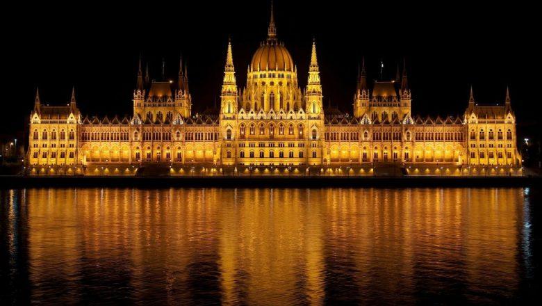 hungarian parliament 77610_1920 1